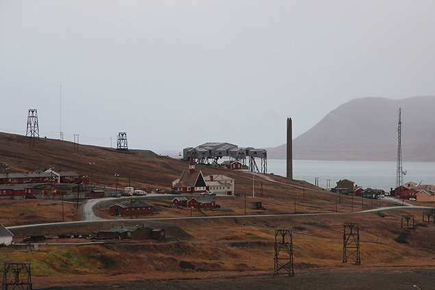 The Ropeway Hub above the power plant in Longyearbyen. Photo courtesy of the Swedish Polar Research Secretariat.
