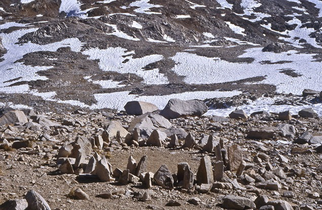 Richard Long, Muir Pass Stones / A Walk of 12 Days in the High Sierra / California. 1995. Image courtesy of Richard Long.