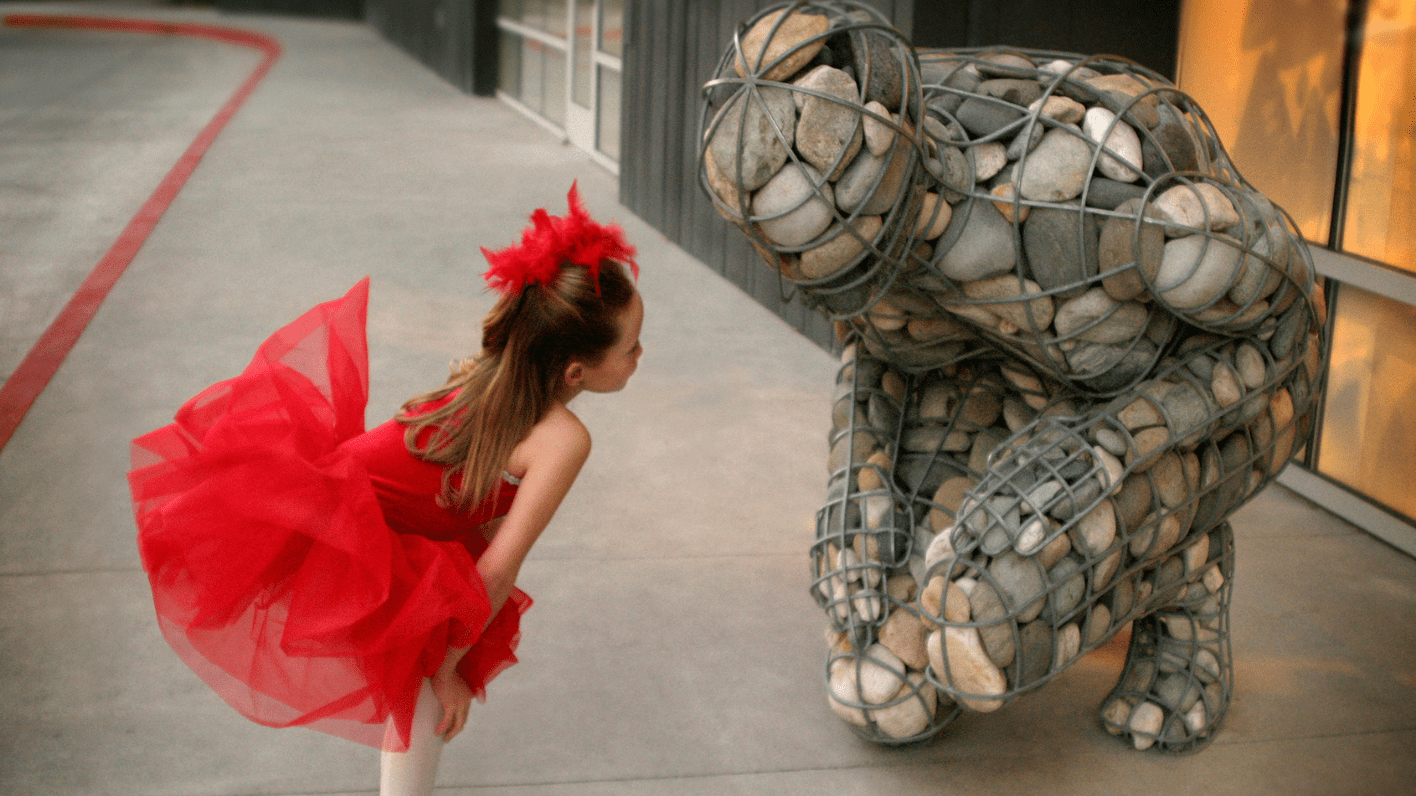 Virtual Art Discussion: Museum Design & Sculptures